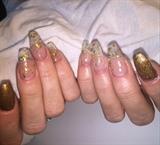 Gold Nugget Nails