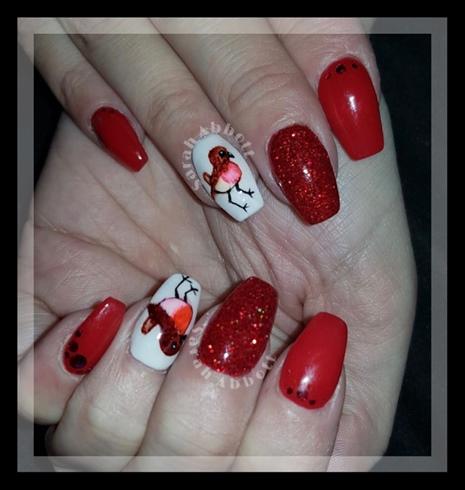 Robin Freehand Nail Art