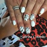 White Nails Zebra