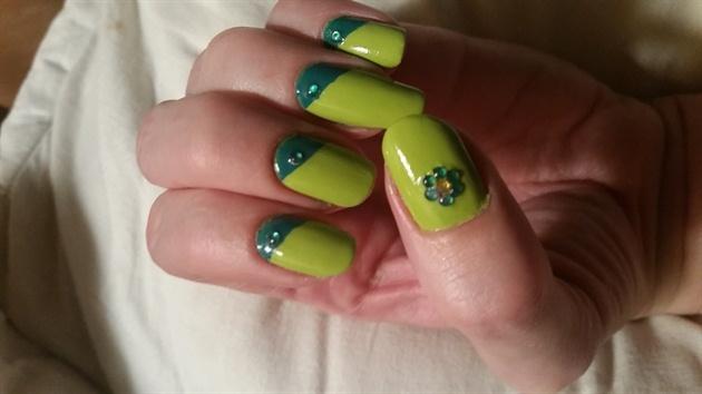 my green nails :)