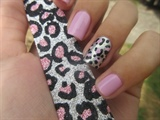 Loves These Leopard Print Nails