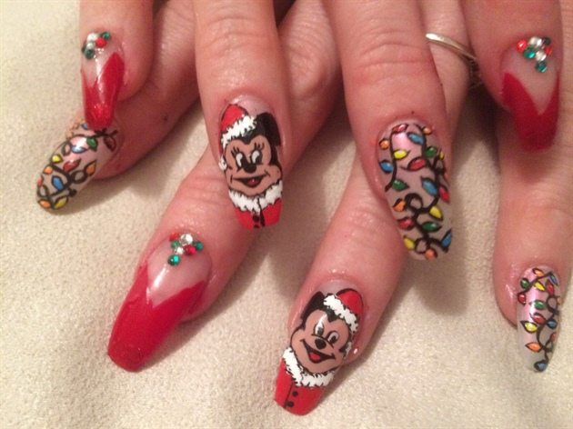Mickey N Minnie Christmas Nail Art