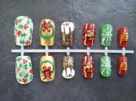 nail art: christmas mix press ons