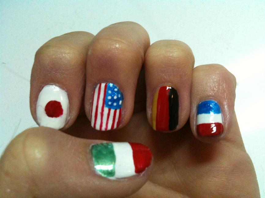 Flag nails - Nail Art Gallery