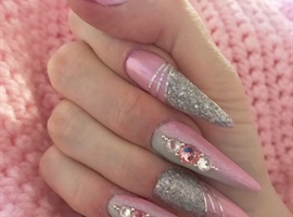 nail art: Pink & Gray Ombré with Holo!