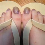 Glitter Gradient Toenails