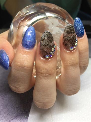 Blue/lace