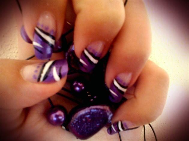 natural nails_2_lilac