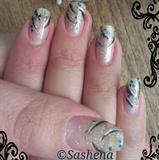 natural_nails_lines_glitter