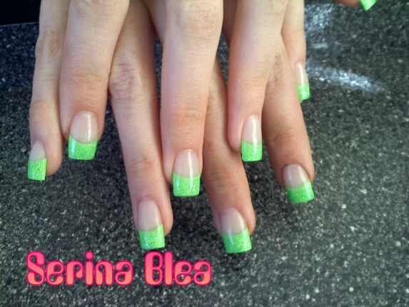 Sparkle neon green acrylic - Nail Art Gallery