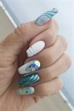 Oceanic nails