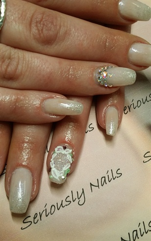 Las Vegas wedding nails