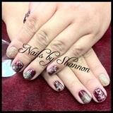 Gelish and glitter manicure