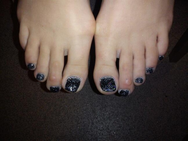 glitter acrylic toes
