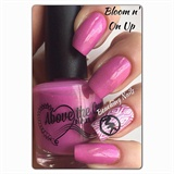 Bloomin On up By Above the curve nail.