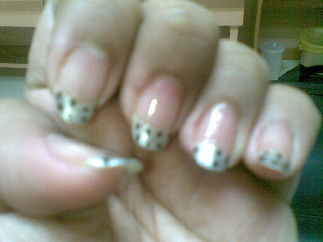 French tip dots