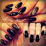 Black nail !