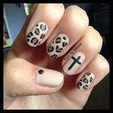 Matte leopard print