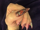 V Nails
