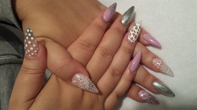 Stilletto Lace and Lavender