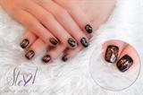 Jazzy nails!