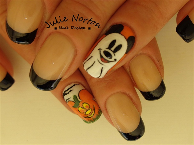 Halloween Mickey Nails <3