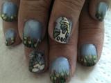 Mum's Smurf nails
