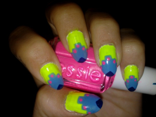 Neon aztec dot chevron