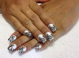 nail art: Simply Elegant