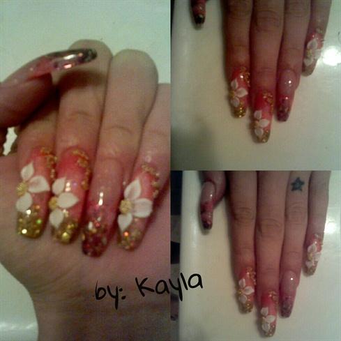 floral sculptured nail design