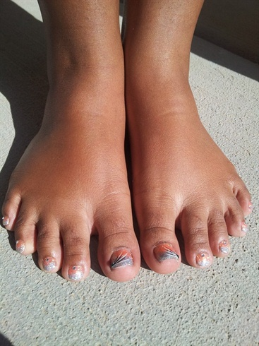 Glitter Toes Contest Winner