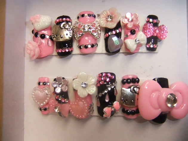 Hello kitty nail art nail art gallery hello kitty nail art prinsesfo Gallery