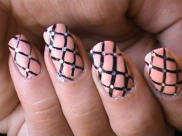 Fishnet Nails Tutorial Easy Diy Strip Nail Art Gallery