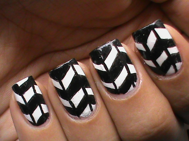 Nail Art Simple Designs Black And White | Hession Hairdressing