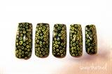 Weird dots nails