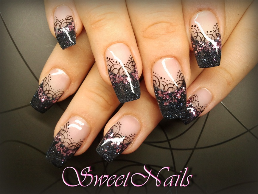 Black Elegance Nail Art Gallery