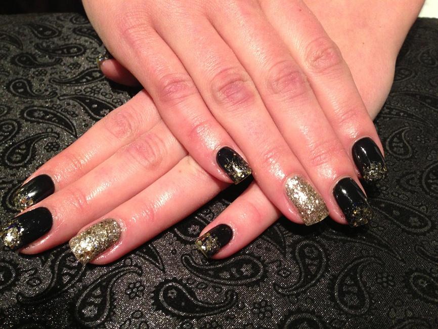 black christmas - Black Christmas Nails