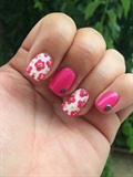 Nail Art Pink And Flowers