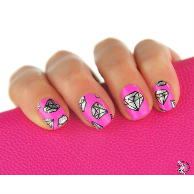 Diamond nails - Nail Art Gallery Step-by-Step Tutorial Photos