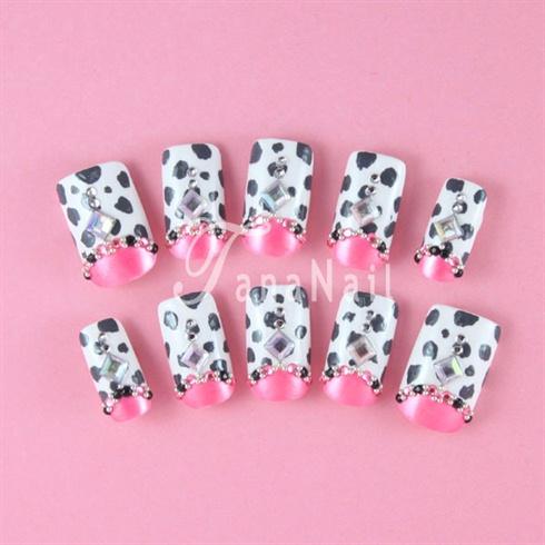 Milk cow nails
