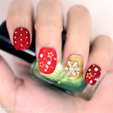 Red & gold star nails