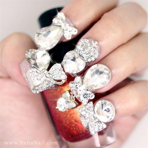 Silver Ribbon & Rhinestones nails