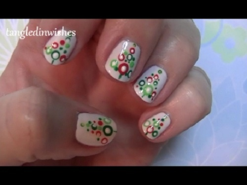 Christmas Design For Short Nails : Easy abstract christmas tree nail art gallery