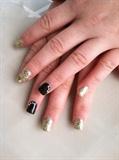 black & gold prom nails