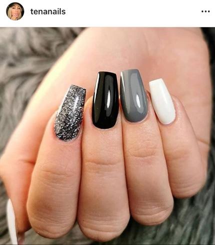 Tena Nails