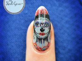 nail art: Frida Kahlo