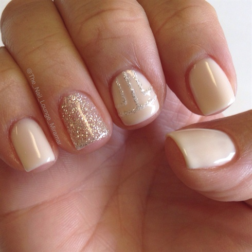 Simple nudegold nail art gallery simple nudegold prinsesfo Image collections