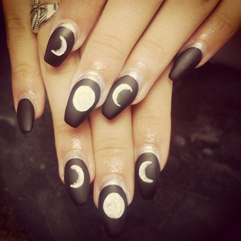 moon cult nails