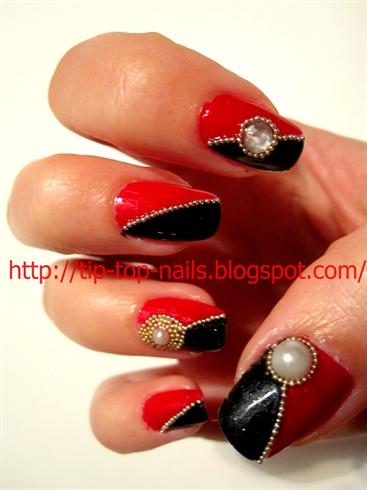 Rad and black nails