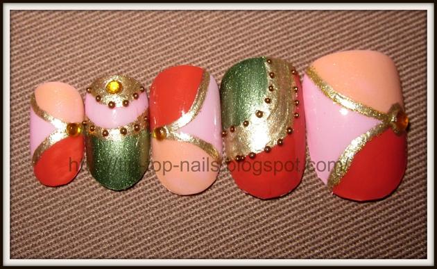 Multicolored mosaic nails